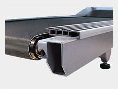 MATRIX T7XE (T7XE-04) Беговая дорожка - Двухслойное коммерческое полотно Habasit™ с рабочей поверхностью 152*56 см.