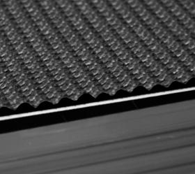 BRONZE GYM S700 TFT (Promo Edition) Беговая дорожка - Полотно суперпрофессионального уровня толщиной 4.6 мм.