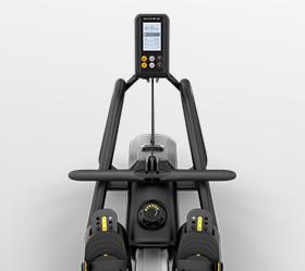 MATRIX NEW Rower Гребной тренажер - Увеличенные рукоятки и регулируемые подступники. Тренажер подойдет тренирующимся любой комплекции
