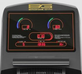 BRONZE GYM T1100 PRO Беговая дорожка - Консоль с большими и яркими элементами отображения данных