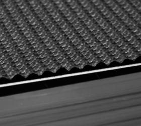 BRONZE GYM T1100 PRO Беговая дорожка - Полотно суперпрофессионального уровня толщиной 4.6 мм.