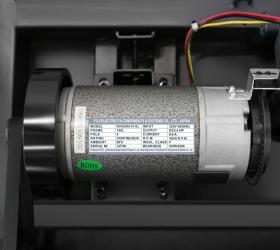 OXYGEN RIVIERA IV AL Беговая дорожка - Надежный, проверенный временем двигатель японской Fuji Electric мощностью 2.4 л.с.