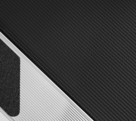 BRONZE GYM T950 PRO BLACK HAWK Беговая дорожка - Полотно для коммерческого использования Habasit NVT-232 толщиной 3.2 мм.