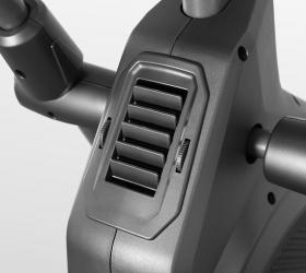 BRONZE GYM XR812 LC Эллиптический эргометр - Два вентилятора: один направлен на лицо и шею, второй - на торс
