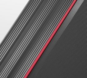 CARBON FITNESS T200 SLIM Беговая дорожка - Антискользящие рифленые боковые направляющие и яркая полоска по краям беговой зоны для большей безопасности