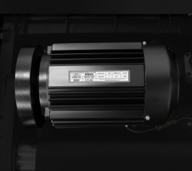 OXYGEN FITNESS NEW CLASSIC AURUM AC LCD Беговая дорожка - Двигатель от японского производителя Fuji Electric мощностью 3.5 л.с. (переменный ток AC)