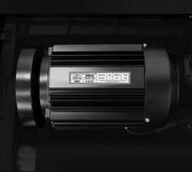 OXYGEN FITNESS NEW CLASSIC PLATINUM AC LED Беговая дорожка - Двигатель от японского производителя Fuji Electric мощностью 4.0 л.с. (переменный ток AC)