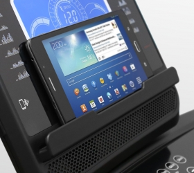 OXYGEN FITNESS NEW CLASSIC ARGENTUM LCD Беговая дорожка - Подставка для гаджетов