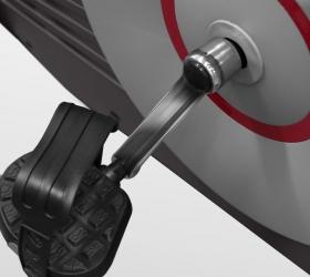 CARBON FITNESS U308 Велотренажер - Трехкомпонентный педальный узел