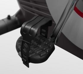 CARBON FITNESS U308 Велотренажер - Рифленые антискользящие педали с прорезиненными многопозиционными ремешками