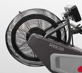 CARBON FITNESS R808 Гребной тренажер - Аэродинамическая система нагружения