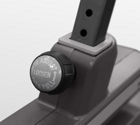 CARBON FITNESS U318 MAGNEX Велотренажер - Регулировка сиденья по вертикали