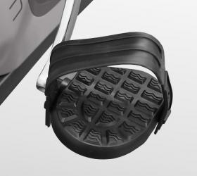 CARBON FITNESS U818 MAGNEX Велотренажер - Рифленые антискользящие педали с прорезиненными многопозиционными ремешками