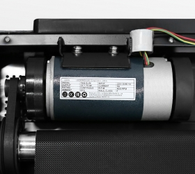 CARBON FITNESS T608 SLIM Беговая дорожка домашняя - Надежный двигатель американской компании Leeson мощностью 2.0 л.с.