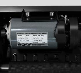 APPLEGATE T2 C Беговая дорожка - Двигатель Schneider Electric мощностью 1,25 л.с.