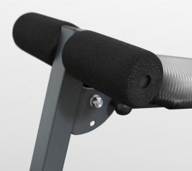 OXYGEN FITNESS RENTON Скамья для пресса прямая - Комфортабельный валик-держатель для ног