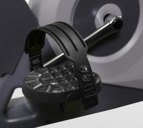 CARBON FITNESS U804/U804 NEW Велоэргометр - Рифленые педали с регулируемыми ремешками