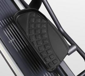 BRONZE GYM E1000M PRO TURBO Эллиптический тренажер - Антискользящие педали увеличенного размера